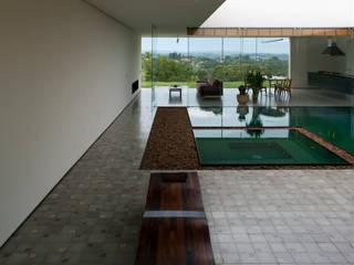 Balcones y terrazas de estilo moderno de Tacoa Moderno