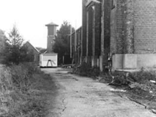 KNSF Amstelveen :  Kantoorgebouwen door Axel Grothausen BNI