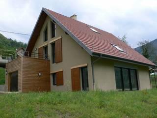 MAISON C à Quaix en Chartreuse TESTUD THEVENIN ARCHITECTES Maisons modernes