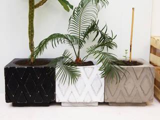 Горшки из бетона Extramiss от Owner /designer Лофт