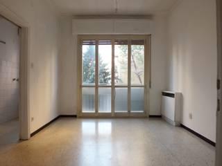 """Appartamento in Bologna mq 70 :  in stile {:asian=>""""asiatico"""", :classic=>""""classico"""", :colonial=>""""coloniale"""", :country=>""""In stile Country"""", :eclectic=>""""eclettico"""", :industrial=>""""industriale"""", :mediterranean=>""""mediterraneo"""", :minimalist=>""""minimalista"""", :modern=>""""moderno"""", :rustic=>""""rustico"""", :scandinavian=>""""scandinavo"""", :tropical=>""""tropicale""""} di Sabrina Home Stager,"""