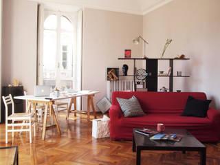 Home staging: appartamento nel centro di Torino di RE.DE.sign STUDIO