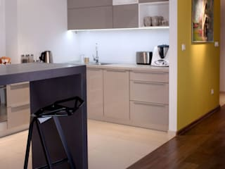Kitchen by M+ DESIGN Marta Dolnicka Marchaj,