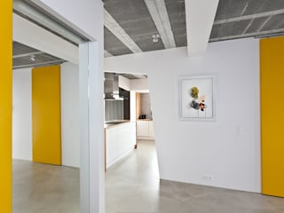 Modern Corridor, Hallway and Staircase by mode:lina™ Modern