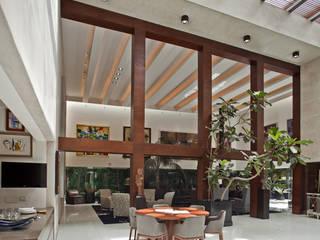 Casa H: Comedores de estilo  por Cm2 Management