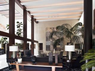 Salon minimaliste par Cm2 Management Minimaliste
