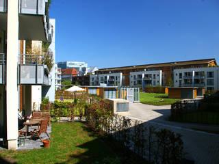 Solarsiedlung am Medienhafen in Düsseldorf:  Garten von HGMB Architekten GmbH
