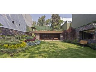 JARDIN Y SALON ES: Jardines de estilo  por Cm2 Management