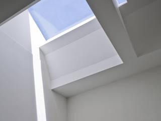 102 Harley Street: modern  by Sonnemann Toon Architects, Modern