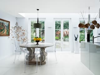 Vicarage Gardens Classic style kitchen by Sonnemann Toon Architects Classic