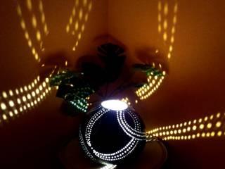 LAMPE COEUR CROISÉ:  de style tropical par LAKKAZE Boutique, Tropical