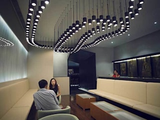 Entourage Lounge, Beijing, China: Bares y Clubs de estilo  de LATITUDE