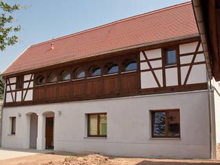 Eingangsseite:   von ahoch4 Architekten
