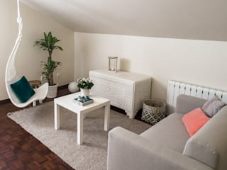 Modern style bedroom by MUDA Home Design Modern