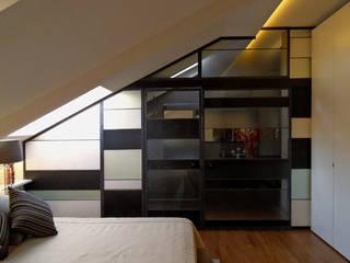 Cuartos de estilo  por mg2 architetture, Moderno