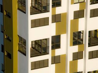 Jabuticabeiras Building Portas e janelas modernas por ARQdonini Arquitetos Associados Moderno