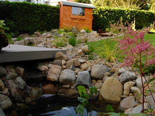 Alpine water feature 러스틱스타일 정원 by Robert Hughes Garden Design 러스틱 (Rustic)