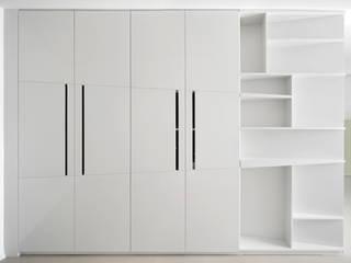Pasillos, vestíbulos y escaleras de estilo minimalista de stefania eugeni Minimalista