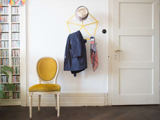 reorganised coatrack:   von studiophilippbeisheim