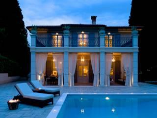 สระว่ายน้ำ โดย Studio Architettura Carlo Ceresoli,