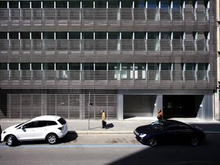 Ristrutturazione di un immobile in via Fara e via Cornalia, Milano Ingresso, Corridoio & Scale in stile moderno di Studio di Architettura Fabio Nonis Moderno