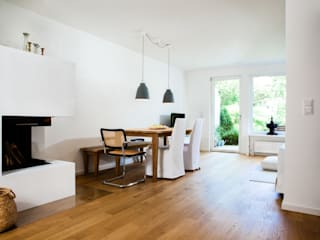 Bettina Wittenberg Innenarchitektur -stylingroom- Modern dining room