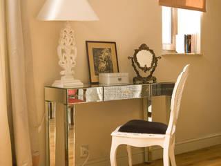 Bedroom by Pracownia Projektowa Poco Design, Classic