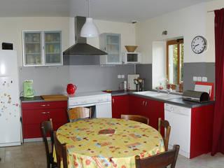 Modern Kitchen by Marie GAMELON-VIALLET architecte Modern