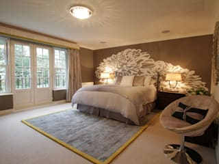 Goodbye Magnolia - Brightening up a Family Home Chambre moderne par Design by Deborah Ltd Moderne