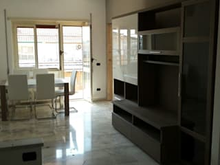 Progetto di interni per un appartamento di una giovane coppia - Roma, Via Val di Non Roberta Rose Soggiorno moderno
