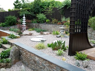 Japanese-Inspired Garden Asian style garden by Lush Garden Design Asian