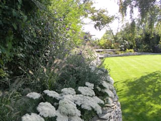 Sympathetic design for a large family garden by Westacott Gardens