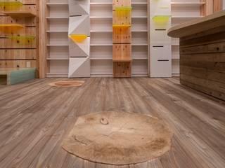 Fructus Arboris Sapientiae Ebisu 株式会社 伊坂デザイン工房 Eclectic style commercial spaces