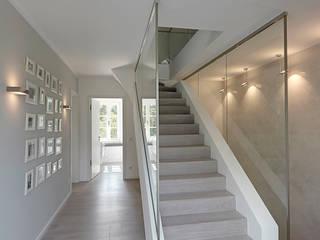 Gärtnerhaus: modern  von 28 Grad Architektur GmbH,Modern