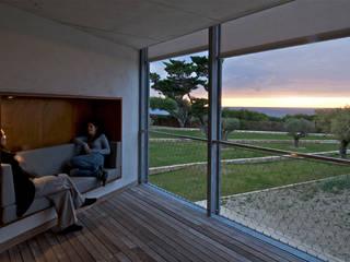 Terrazas de estilo  por MOA architecture