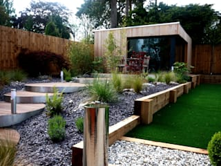 Landscaped family garden room space Jardines de estilo moderno de The Swift Organisation Ltd Moderno