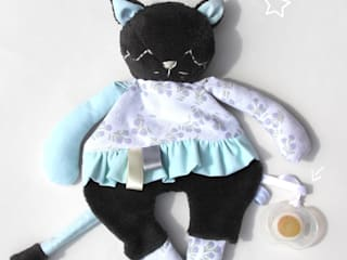 Doudou Plat -Chat- doudou/peluche pour bébé, tissu recyclé, personnalisable:  de style  par likeyoudesign
