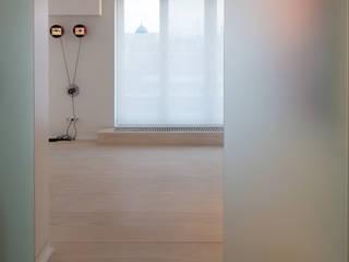 Eingang:  Flur & Diele von Goderbauer Architects
