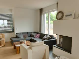 STRICK Architekten + Ingenieure Living roomSofas & armchairs