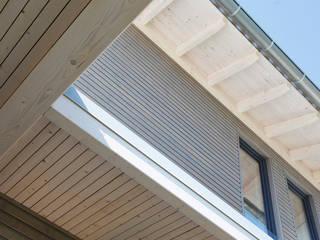 Holzhausarchitektur im Detail: moderne Häuser von Sonnleitner Holzbauwerke GmbH & Co. KG