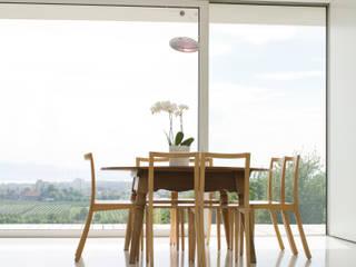 Wohnhaus am See: modern  von GMS Freie Architekten Isny / Friedrichshafen,Modern
