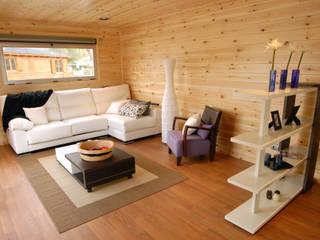 Modern living room by Casas Natura Modern