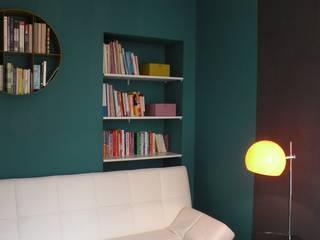 Despacho multifuncional: Estudios y despachos de estilo  de 3