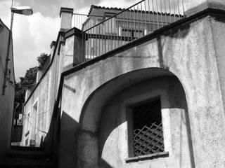 Prospetto: Case in stile  di Antonio Torrisi