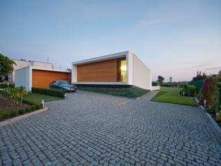 Dom Bez Schodów: styl , w kategorii  zaprojektowany przez STOPROCENT Architekci