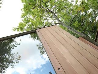 cladding / glazing detail: modern Garden by 3rdspace
