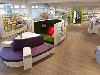 Lindenapotheke, Oberentfelden (Schweiz):  Ladenflächen von Brem+Zehnder AG