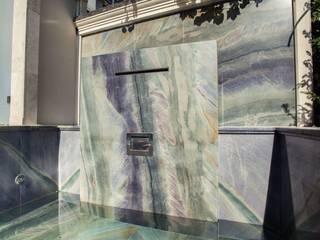 Piscina in stile in stile classico di SCHUBERT STONE GmbH Classico