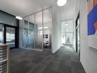 Nationale Suisse, Aarau Moderne Bürogebäude von Brem+Zehnder AG Modern