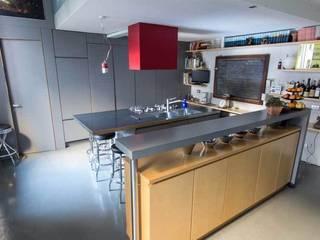 Emilia Barilli Studio di Architettura Industrial style kitchen